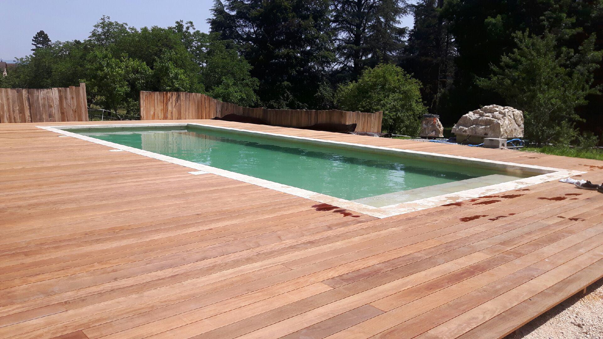 terrasse bois piscine culoz